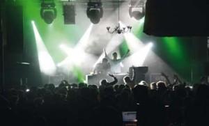 Un concert rassemblant près de 2 000 spectateurs