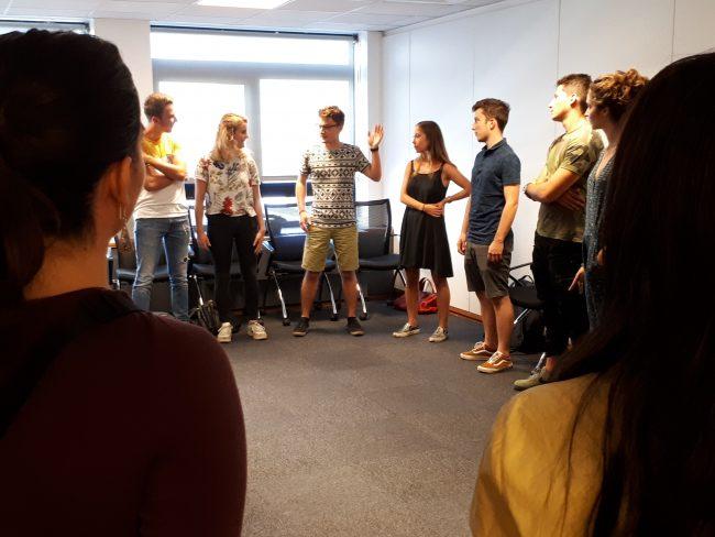 Atelier théâtre © Grenoble Ecole de Management