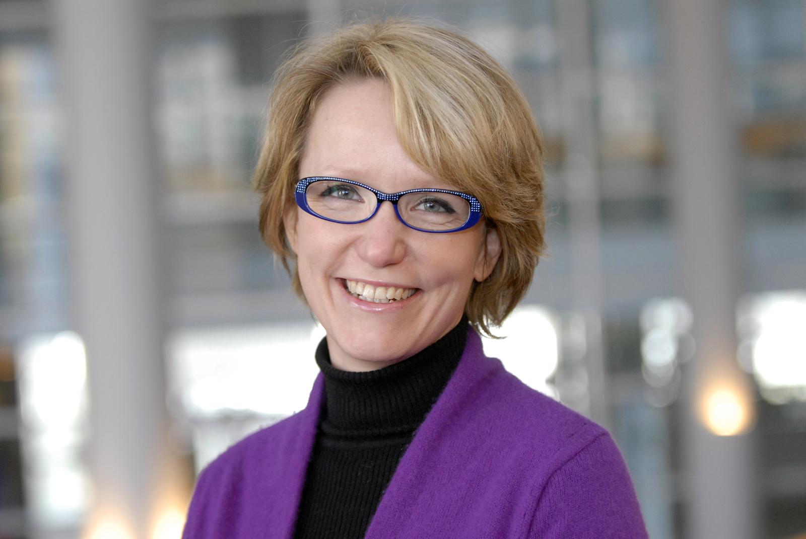 Mieux connaître les profs de finance d'Audencia Nantes Ecole de Management : Carine Girard