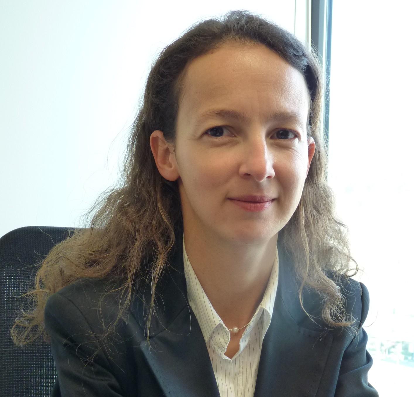 Mieux connaître les profs de finance de l'EM Grenoble : Lamya Kermiche