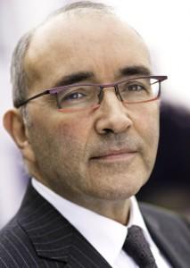 Guy Vacher (ESTP B77), Directeur général délégué Eurovia : « La grande force d'Eurovia est de pouvoir participer aux côtés des autres filiales de VINCI -VINCI Construction, VINCI Energie et VINCI Concessions- à des projets de très grande envergure dans le cadre de solutions globales. »