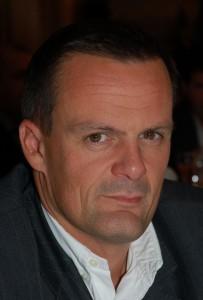 Emmanuel Bret (Euromed Marseille 94), Directeur Général des Ventes, BMW Group France. « Toute fonction est intéressante, mais dépend fortement de l'ambition de celui qui l'occupe »