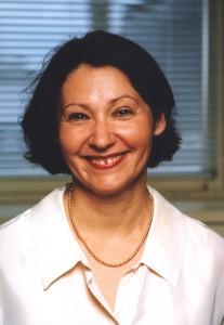 Elisabeth Tissier-Desbordes, diplômée de ESCP Europe, professeur de marketing et ancienne directrice de la marque et de la communication de l'établissement.