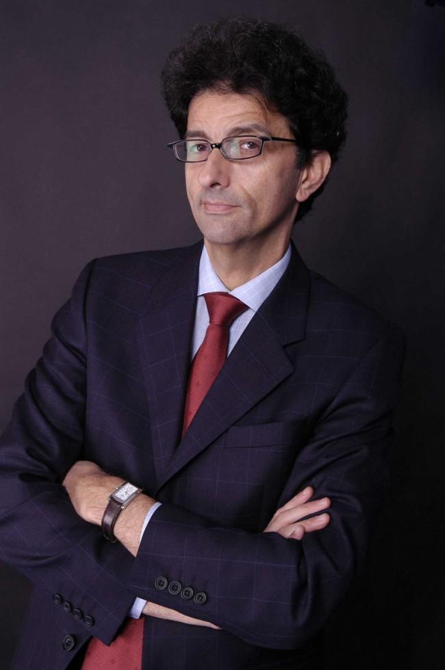 Isaac Getz, docteur en psychologie, HDR en gestion, professeur à ESCP Europe, a reçu le Prix Syntec Conseil en management 2010 récompensant la meilleure publication de recherche dans la catégorie Management/ ressources humaines/ organisation, pour ses travaux sur les « leaders libérateurs ». Il a publié en 2009 « Freedom, Inc. » avec Brian M. Carney chez Crown Business.