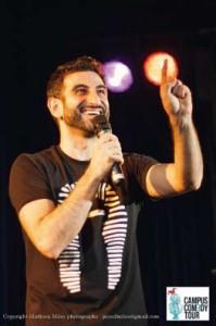 Kheiron, humoriste de la tournée CCT