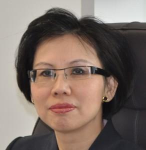 """Evelyne Nguyen (ISG 84, Stanford 03) : """"En 2009, LFB a consacré 76 M€ au développement des produits, soit 20,2 % de son CA"""""""