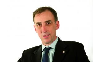 Frank Debouck est  Directeur de Centrale Lyon.