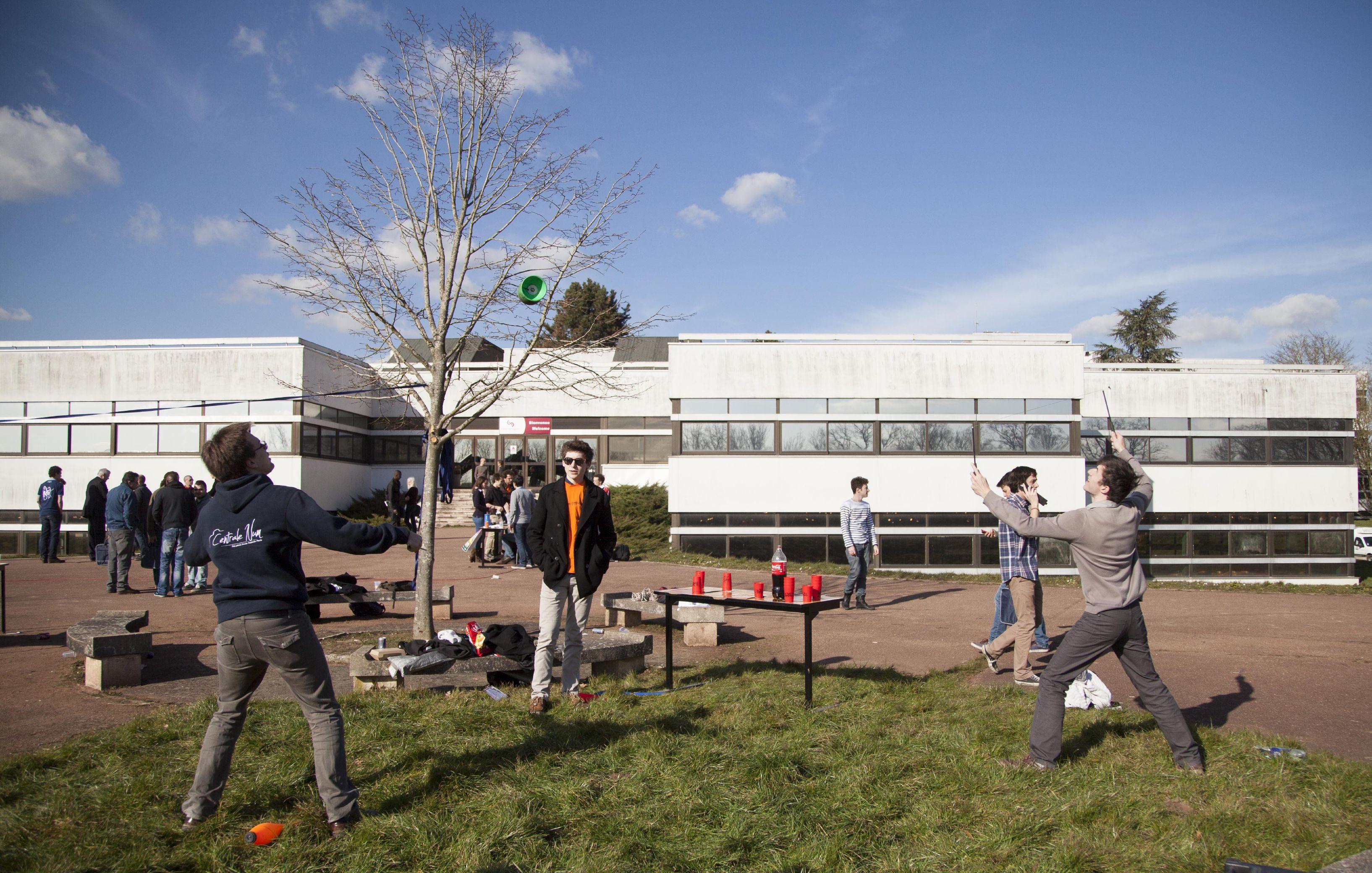 Le professeur apprécie la vie de campus, les échanges informels © CentraleSupélec