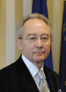 Guy Arcizet Grand Maître du Grand Orient de France Président du Conseil de l'Ordre
