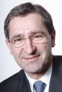 Jean-Marc Hannequin (Arts & Métiers 74 et IAE Paris 77) Président de Faurecia Emissions Control Technologies