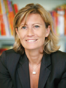 Catherine Cussigh (Sciences Po Grenoble - 3ème cycle à l'ISG – MBA European Business School of San Francisco), directrice du développement international et numérique de Hachette Livre
