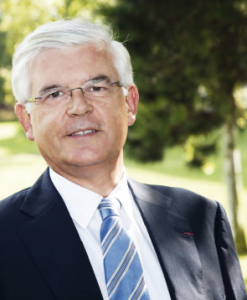 Hervé Biausser, directeur de  l'École Centrale Paris depuis 2003