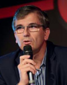 Laurent Verdier, (ICAM Lille 87), est Directeur du Pilotage des Infrastructures et des Opérations au Crédit Agricole S.A.