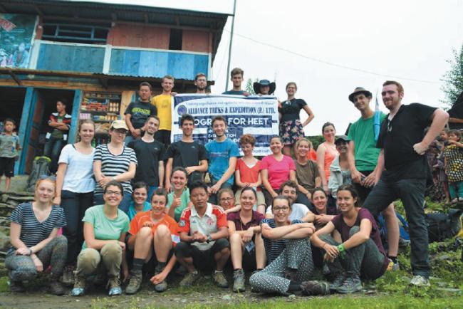 Sur les chemins du Népal, ou le voyage en terre inconnue de la Mission Ganesh Himal