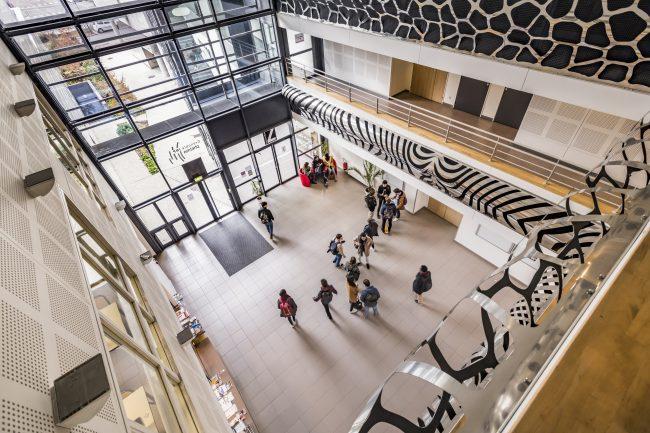 « A Grenoble INP – Phelma, on apprend par le concret ! » – L'interview d'Anne Vilcot