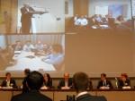 Le public, les intervenants à Paris et, en vidéo conférence, les interlocuteurs à Shangaï et San Francisco