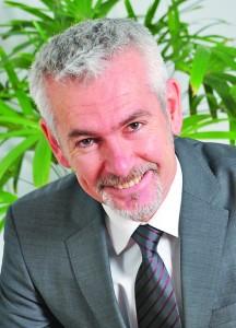 Arnaud Cordelle, (EDHEC 89),  est le Président d'Intersnack France