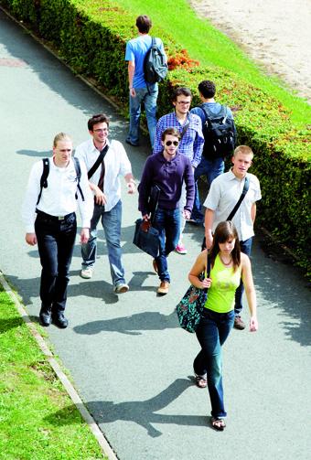La campagne de recrutement 2011 a été exceptionnelle pourles jeunes Centraliens malgré la conjoncture