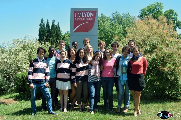 Présentation de eMicrOcrédit, l'association d'entrepreneuriat social et de microfinance de l'EMLYON Business School