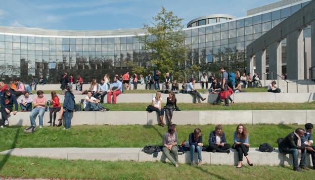 EDHEC : Un enseignement de la finance solide académiquement, et en lien avec l'industrie
