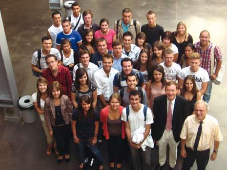 Le DSCG une voie royale vers l'emploi : le rôle des écoles de commerce dans la formation des nouveaux experts comptables