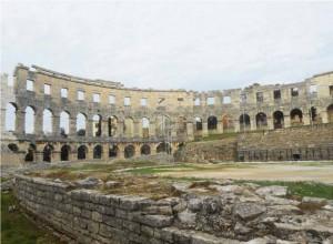 Pula, amphithéâtre de Vespasien
