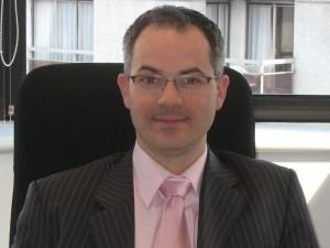 Frédéric Bernard (ESCP-Titre cadre dirigeant 2003), Directeur Général Adjoint des Mutuelles UMC : « Les nouvelles contraintes réglementaires font déjà émerger de nouveaux métiers au contrôle interne et au pilotage des risques, ainsi qu'à l'audit. »
