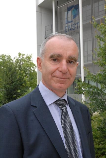 Nomination à l'ENSTA ParisTech : Gilles VERGNAUD, directeur de la Formation et de la Recherche