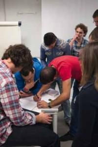 De futurs commerciaux et business developers étudient à Novancia Business School. © Steve Murez
