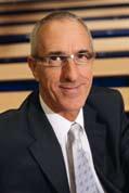 Philip McLaughlin Directeur de BE M Management School/KE DGE BS