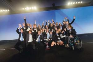 Les étudiants de l'équipe Enactus de l'Université Technique de Munich, Allemagne, champions de l'Enactus World Cup 2013, récompensés pour leurs projets d'entrepreneuriat social