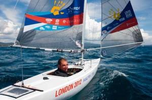 Damien Seguin, porte drapeau de la délégation française lors des Jeux Paralympiques de Londres