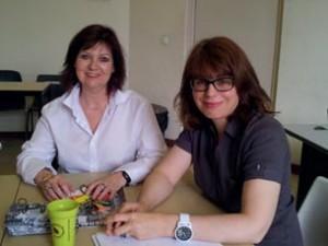 A g., Maryse Petit, chef du département Techniques de Commercialisation, et à d., Frédérique Peron, chargée de communication pour l'IUT.