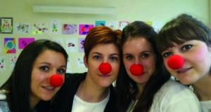 Aude, Alexandra, Mathilde et Cyndie en clown ! (de gauche à droite)