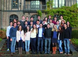 L'équipe Total Edhec Entreprendre de la XXIe édition au complet.
