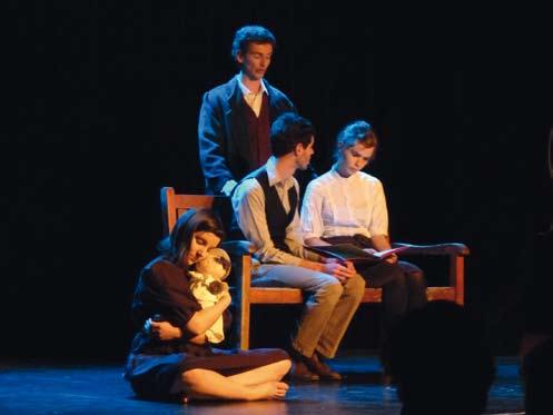 Festival Rideau Rouge : pleins feux sur le théâtre étudiant amateur