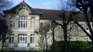 Bibliothèque universitaire de l'IEP de St-Germain-en-Laye