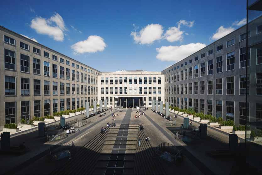 Paris-Dauphine, la métisse : université et grande école