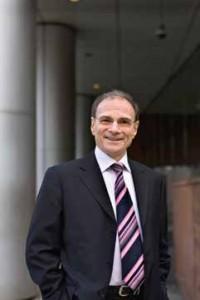 Jean-Pierre Bienaimé (ESSEC 73, ENSPTT/ENA 78, INSEAD 93), Directeur d'Orange Wholesale Community et de la Communication
