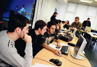 Expertises et compétences professionnelles, plébiscitées par les grands groupes en 2014, quels secteurs vont recruter ?