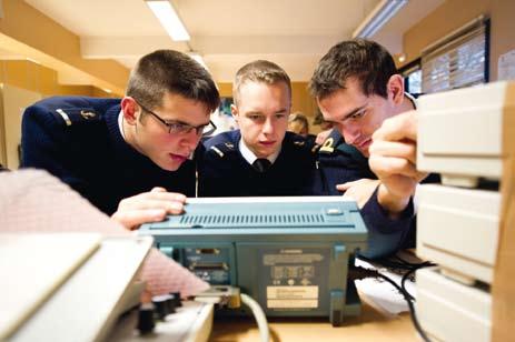 La recherche scientifique au sein de l'Ecole navale : une progression constante !