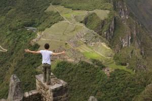 Clément, devant le Machu Picchu