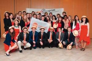 La première équipe de FBS au complet lors du Congrès National d'Été des Junior-Entreprises en mai dernier