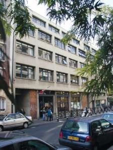 Façade du CELSA, l'école de référence en communication, médias et RH de l'université Paris-Sorbonne