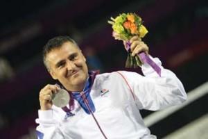 Stéphane Houdet a remporté l'argent en simple messieurs et le bronze en double messieurs à Londres en 2012.