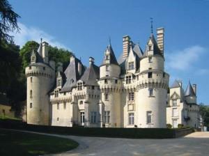 Les châteaux de la Loire illumineront de toute leur splendeur le parcours du Prologue
