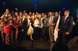 Toute l'équipe de fBS Consulting lors de la remise du Challenge Juniors Partenaires lors du Congrès National d'Hiver 2013