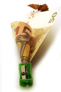 L'ESSCA module ses frais de scolarité selon le revenu des familles (c) adobe stock