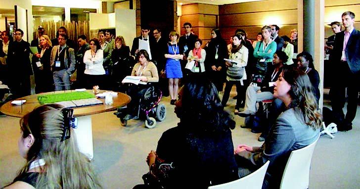 Etudiants handicapés en Bac+2 : Tremplin vers l'emploi ou vers  un diplôme supérieur ?