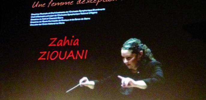 Zahia Ziouani, chef d'orchestre, manie la baguette avec fermeté, brio et humanisme